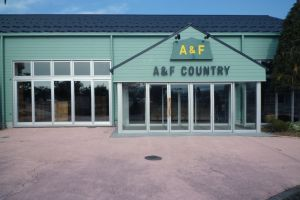 A&F Country 安曇野店